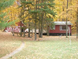 Crescent Country Cabin, Rhinelander