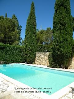 holiday letting in Provence 4-8 persons with private heated swimming pool, free WIFI, BBQ