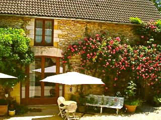 Dordogne Barn Conversion close to Lascaux/Sarlat, Condat-sur-Vezere