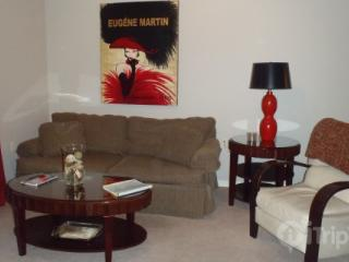 Foxpointe 2 King Bedroom, Top-Floor Condo Near Payne Stewart Golf Course and RecPlex., Branson