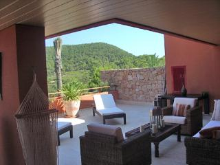 Luxury Ibiza Golf Apartment, Roca Llisa