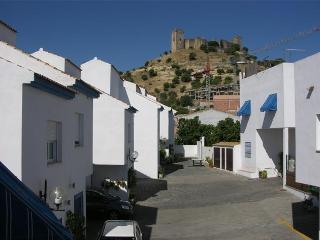 Almodover Del Rio Town House
