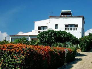 Casa Domingos I, Almadena