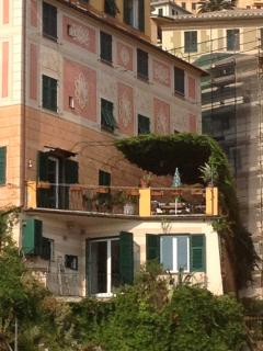 Camogli: sea view apartment