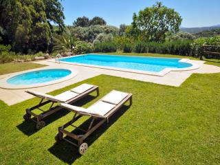 Private Villa, Pool & Gardens, Bassacutena
