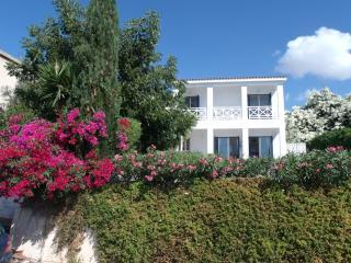 Villa Iptamena, Peyia