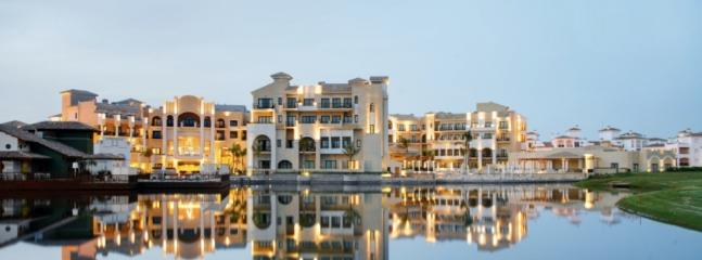 La Torre town centre, 5*, 1 minute walk from apartment