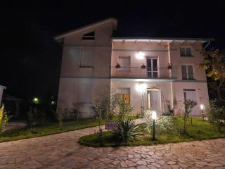 VILLA CECCARINI, Montefalco