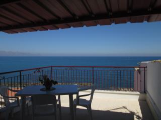 apartment with views of golfo di castellammare