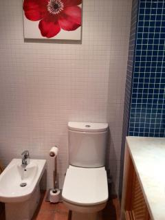 En suite bathroom no. 2 bidet and wc