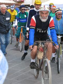 The 'Eroica' starting at Gaiole