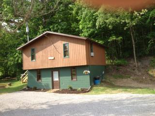 1st Choice Cabin - Sandy Run - Hocking Hills Ohio, Logan