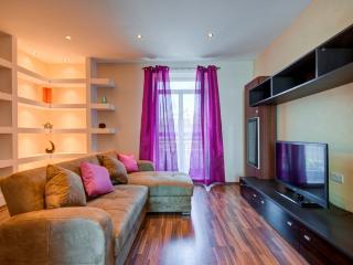 Spacious 2-bedroom Apartment, Sliema