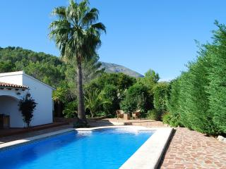 Casa Mimosa - Sleeps 6, walking distance