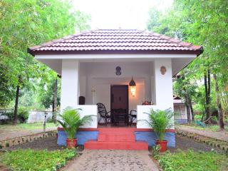 Srishti Center for Ayurveda, Yoga &Culinary Arts, Thrissur