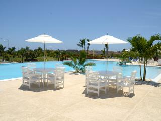 Luxury Vacation Home with  Free WIFI, St. Ann's Bay