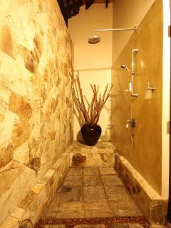 Bungalow's master room's bathroom
