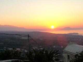 Thavma apt Stunning views !, Maroulas