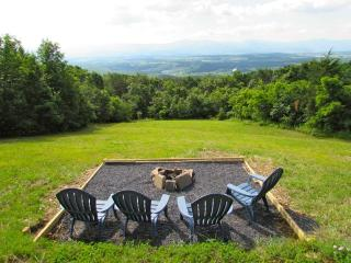 /\^/\Secluded Mountain Getaway/\^/\, Luray