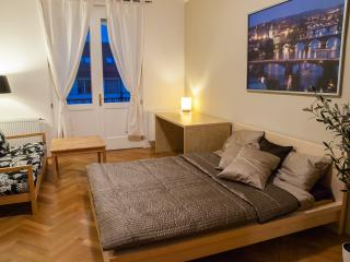 Luxury apt 2-7 w/2 balconies, Prag