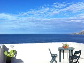 La terrazza con vista mare