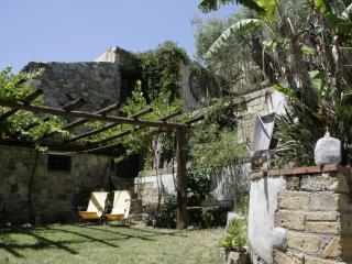 al borgo di pina, Cefalú