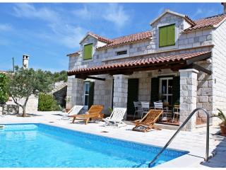 Beautiful Stone House With Swimming Pool, Trogir