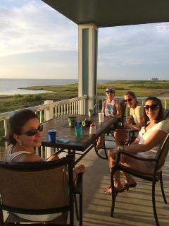 Great spot for bird watching, girls weekends and family reunions!  Very Quiet!