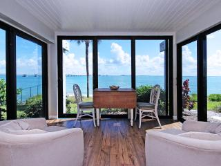 Waterfront ground level suite - Amazing water views!  Boat docking, tennis, two pools..., Sanibel Island