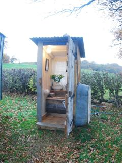 Toilet and hand basin, next to the shepherds' hut