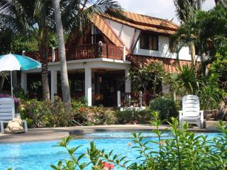 Bahn Nam Soey...affordable beachside luxury.