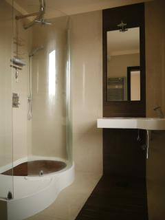 First Floor Ensuite from Master Bedroom