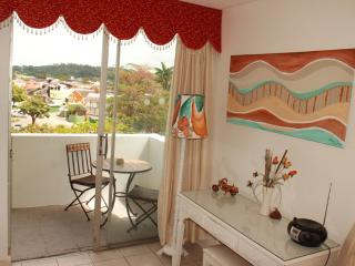 Deluxe one bedroom ...Spacious lounge/balcony