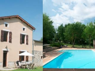 Farm house for 9 / Carcassonne, Albi & Toulouse, Castres