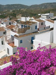 From Callejon del Peñón views, Frigiliana old village