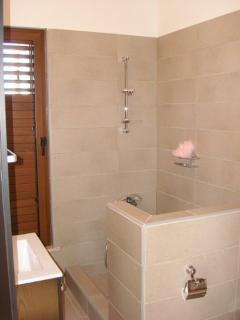 1 of 5 bathrooms