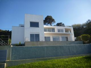 Beach and Golf House, Sintra