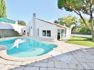 Villa Sonia - 4 Bedroom Detached Villa - Private Enclosed Pool, Albufeira