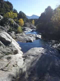 A 10 km les gorges d'Héric : très belle randonnée