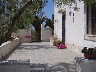 """Casa vacanza in campagna """"Villa Elisa"""", Marinella di Selinunte"""