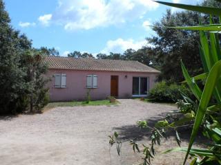 Villa Lisa climatisé piscine prive avec jardin, Sotta