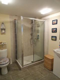 Lovely airy shower room.