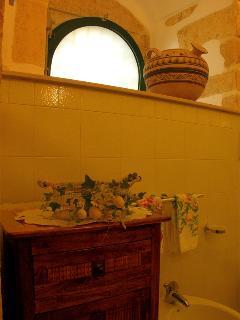 Apt LA TERRAZZA, bathroom