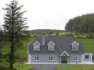 Arra  View It Must be the best View in Ireland. You will love the landscape from your window and AIR
