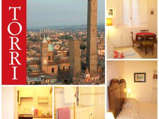 HISTORIC CENTER 2Torri + Comfortable+WiFi, Bologna