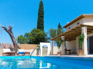 Villa Zoe private property with pool close to Corfu Town