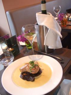 Fine Dining in Sur le Pont Restaurant