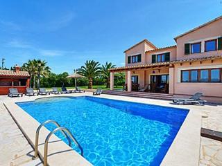 Villa Can Roca in Alcudia with private pool