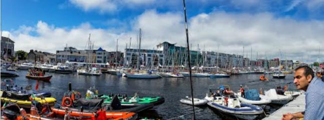 Apartment in Center - Galway Harbour