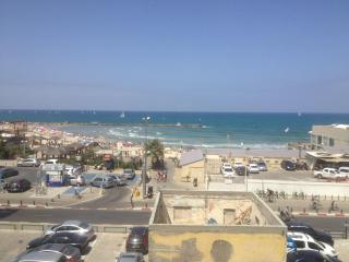 Amazing Apa on the BEACH of TLV!!!